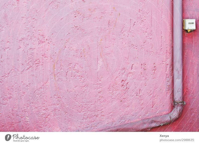 Rosa Wand mit Dachrinne Mauer rosa Hintergrundbild retro alt Putz Farbfoto Außenaufnahme Menschenleer Textfreiraum links Textfreiraum oben Textfreiraum unten