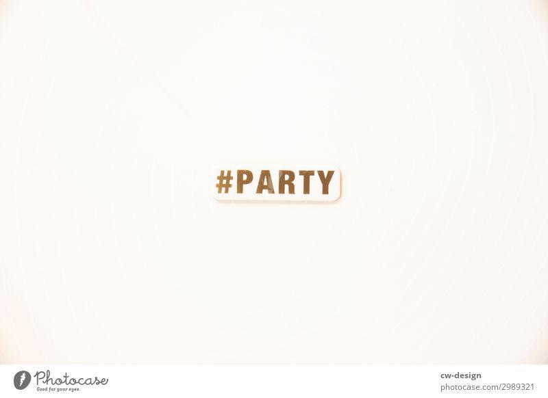 #PARTY-Schild auf weißem Hintergrund Party Buchstaben Schilder & Markierungen Feier Feiern Schriftzeichen Schriftzug Kommunizieren Wort Text Textfreiraum