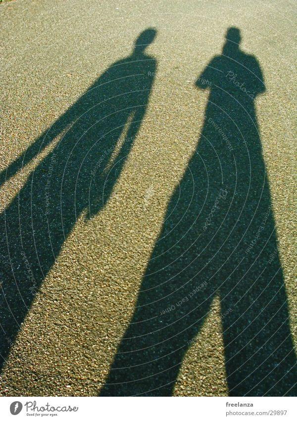 Schattentanz Sonne Straße Freundschaft Teer