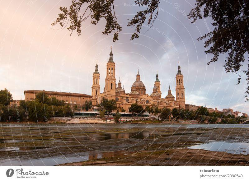 Ebro Fluss Ferien & Urlaub & Reisen Tourismus Kultur Landschaft Himmel Kirche Platz Brücke Gebäude Architektur Denkmal Stein alt historisch Religion & Glaube