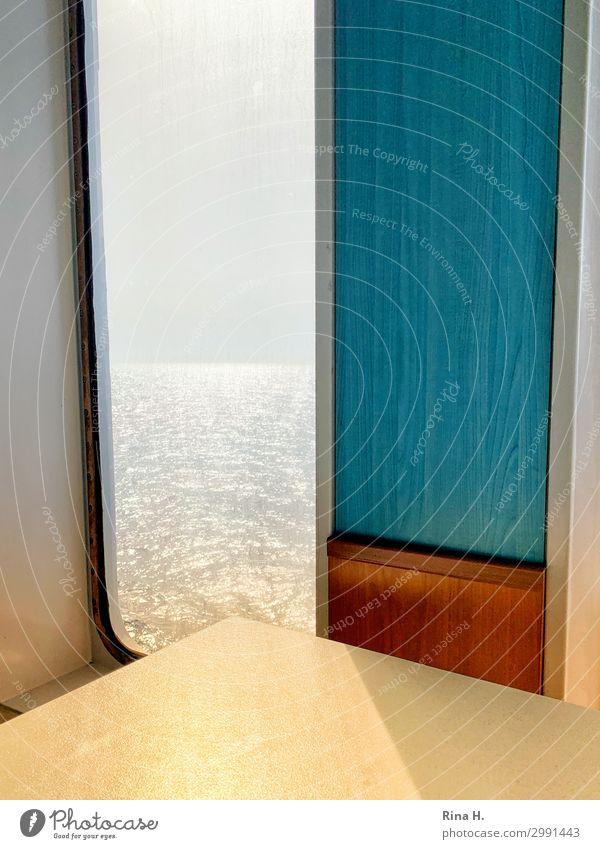 Traumschiff Lifestyle Ferien & Urlaub & Reisen Kreuzfahrt Sommerurlaub Sonne Wasser Wolkenloser Himmel Horizont Schifffahrt Fähre Kunststoff hell blau gelb