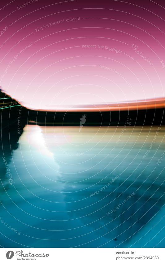 Schnelle Bewegung Farbe Sport Berlin Geschwindigkeit Eile Schifffahrt Abenddämmerung Kanal schemenhaft schleichen Wasserstraße Wischen