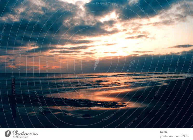 sonnenuntergang 2 Strand Sonnenuntergang Wolken Meer Himmel Abend