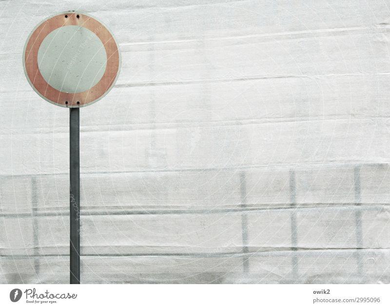 Fahrverbot Verkehr Zelt Zeltplane Abdeckung Metall Kunststoff Schilder & Markierungen Hinweisschild Warnschild Verkehrszeichen stehen alt einfach fest rund rot