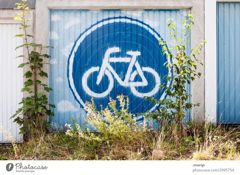 Fahrradfreundlich Natur Sträucher Garage Garagentor Schilder & Markierungen Verkehrszeichen Graffiti nachhaltig Umweltschutz CO2-Ausstoß Farbfoto Außenaufnahme