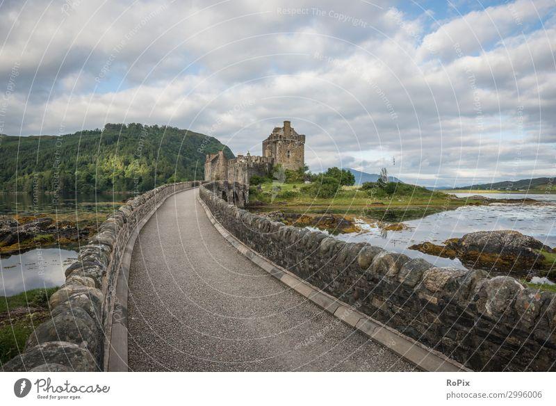 Eilean Donan Schloss Ferien & Urlaub & Reisen Tourismus Ausflug Sightseeing wandern Architektur Umwelt Natur Landschaft Himmel Wolken Horizont Küste Seeufer