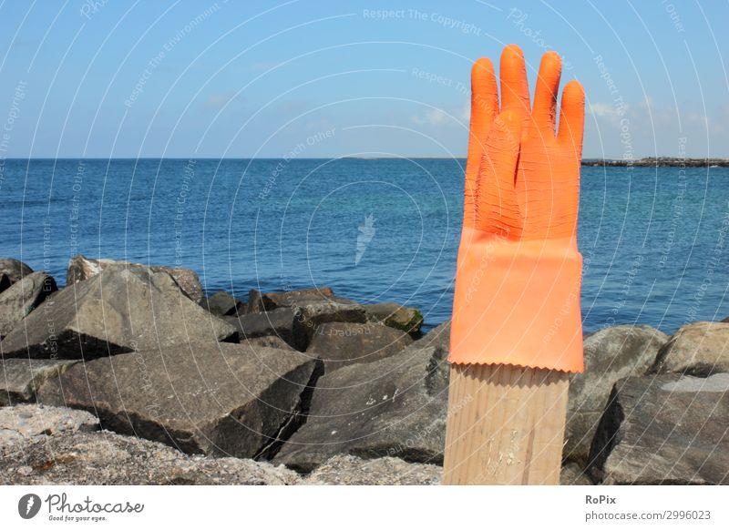 Handschuh am Strand. Lifestyle Stil Design Ferien & Urlaub & Reisen Tourismus Ausflug Freiheit Sommer Sommerurlaub Meer Kunst Skulptur Umwelt Natur Landschaft