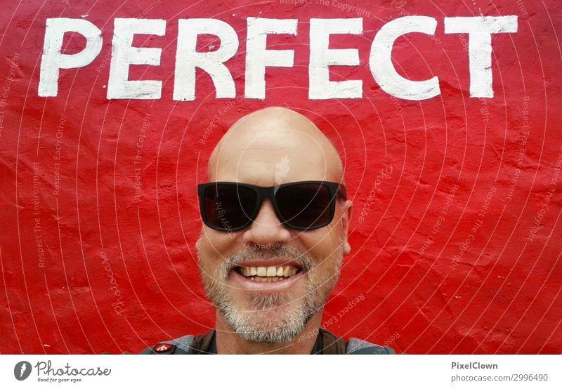 Perfect man Mensch Ferien & Urlaub & Reisen Mann schön rot Freude schwarz Gesundheit Erwachsene Wand Gefühle lachen Feste & Feiern Tourismus Mauer Party