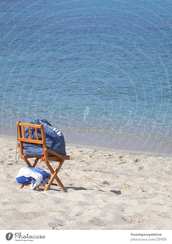 aufgeklappt Meer Einsamkeit sitzen leer Freizeit & Hobby Sonnenbad