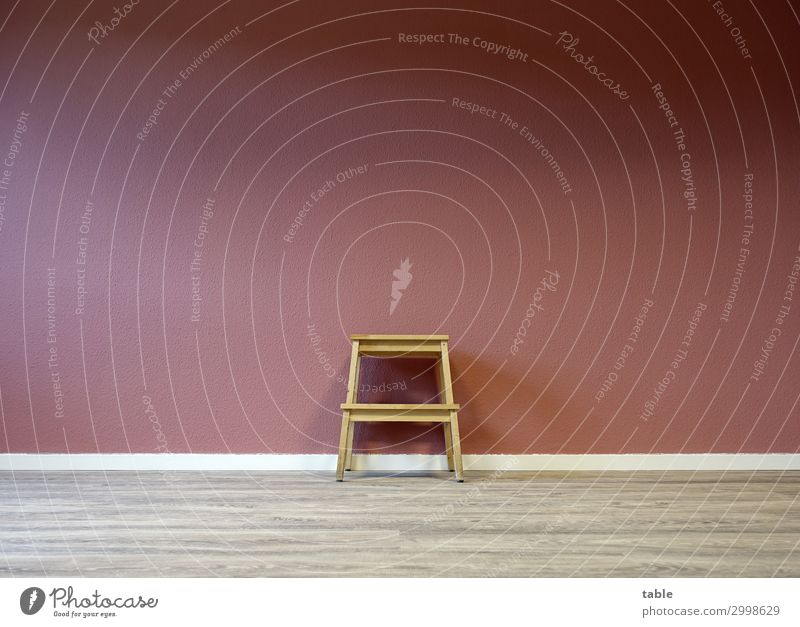 Tritt vor Wand mit komischer Farbe... Stil Häusliches Leben Renovieren Umzug (Wohnungswechsel) einrichten Innenarchitektur Möbel Raum Anstrich Fußbodenbelag