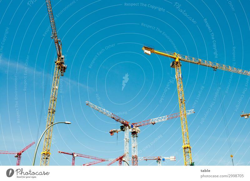 Wohnungsbau Himmel Haus Umwelt Business Arbeit & Erwerbstätigkeit Häusliches Leben Metall Beginn Schönes Wetter groß hoch Baustelle Bauwerk Reichtum Handwerk