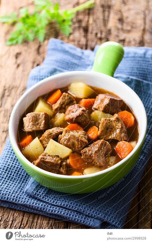 Rindfleisch-Eintopf Fleisch Gemüse Suppe frisch Lebensmittel schmoren Möhre Kartoffeln kochen & garen Gulasch gebastelt Mahlzeit Speise Paprika Ungarisch Gulyas