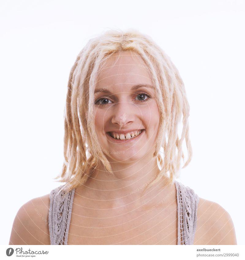 Frau Mensch Jugendliche Junge Frau weiß Freude 18-30 Jahre Lifestyle Erwachsene feminin Gefühle lachen Stil Mode Haare & Frisuren frisch