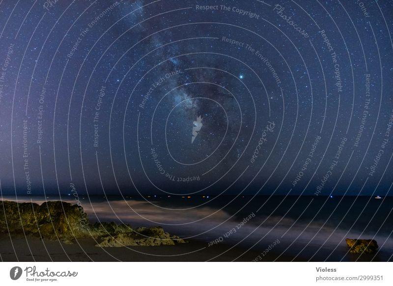 MilkyWay Natur Landschaft Urelemente Erde Himmel Wolkenloser Himmel Stern Wellen Küste Strand Meer beobachten Erholung glänzend leuchten träumen außergewöhnlich