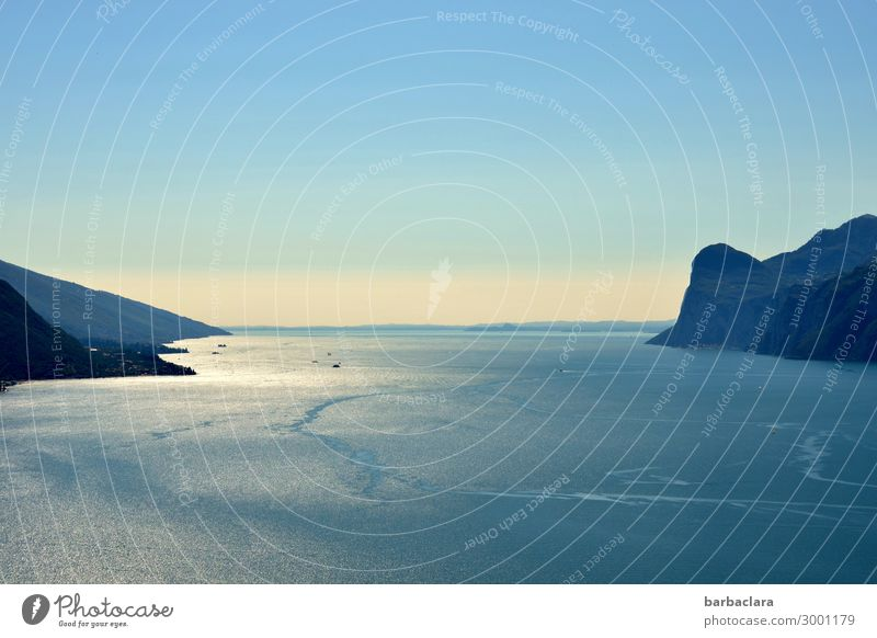 Gardasee bei Riva del Garda Ferien & Urlaub & Reisen Natur Urelemente Erde Wasser Himmel Berge u. Gebirge See Italien Dorf Schifffahrt maritim blau Stimmung