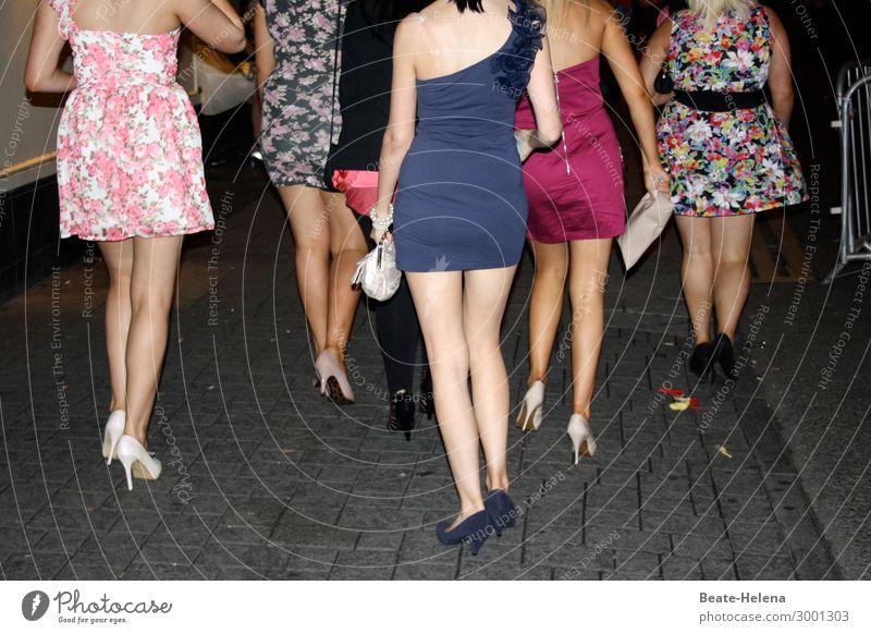 luftig | saturday night dress Jugendliche schön Beine Leben feminin Feste & Feiern Party Mode Stimmung Ausflug Körper Kommunizieren Abenteuer Lebensfreude