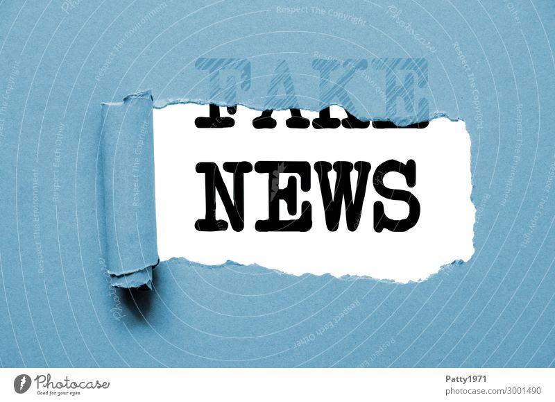 Fake News Schriftzeichen Schilder & Markierungen Hinweisschild Zeichen Information Medien Wirtschaft Irritation Politik & Staat Krise Warnschild Misstrauen