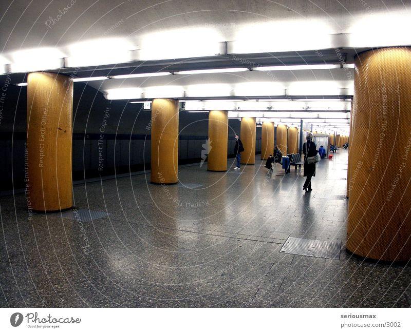 POCCISTRASSE Verkehr Eisenbahn München Gleise U-Bahn