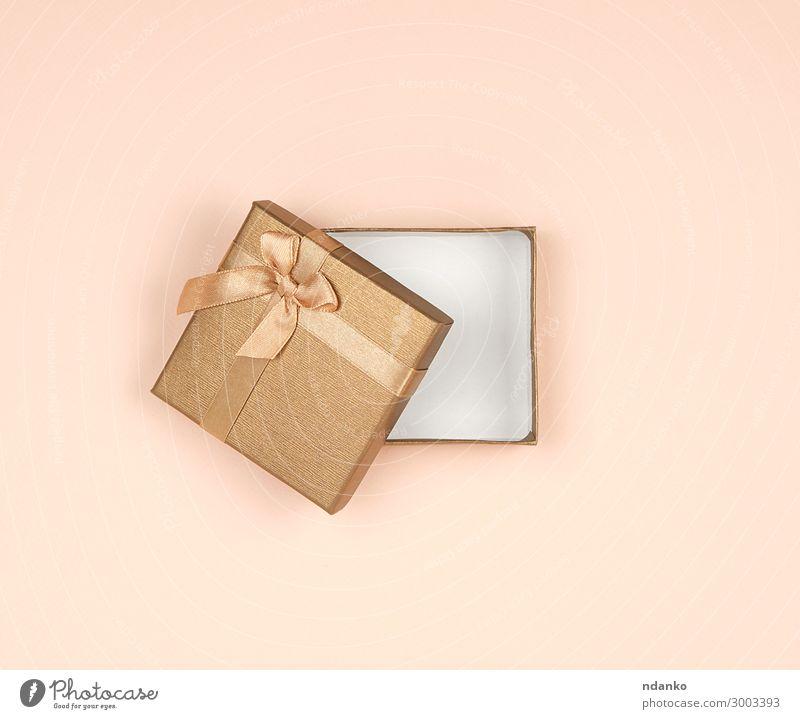 offene goldene Geschenkbox mit Schleife kaufen Design Dekoration & Verzierung Feste & Feiern Valentinstag Weihnachten & Advent Hochzeit Geburtstag Papier