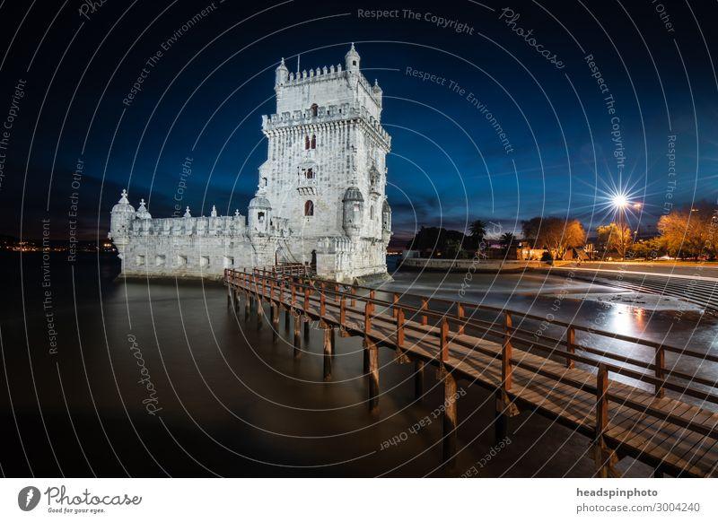 Nachtaufnahme des Belém Tower (Torre de Belém) in Lissabon Ferien & Urlaub & Reisen Tourismus Ausflug Sightseeing Städtereise Sommerurlaub Nachthimmel Fluss