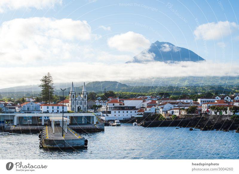 Hafenstadt Madalena und Vulkan Pico, Azoren, Portugal Ferien & Urlaub & Reisen Tourismus Ausflug Freiheit Sightseeing Kreuzfahrt Natur Landschaft Wolken Sommer