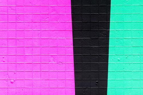 Betonwand Farbe schwarz Hintergrundbild Wand Stil Mauer Design Linie Zukunft Coolness neu Streifen violett trendy türkis