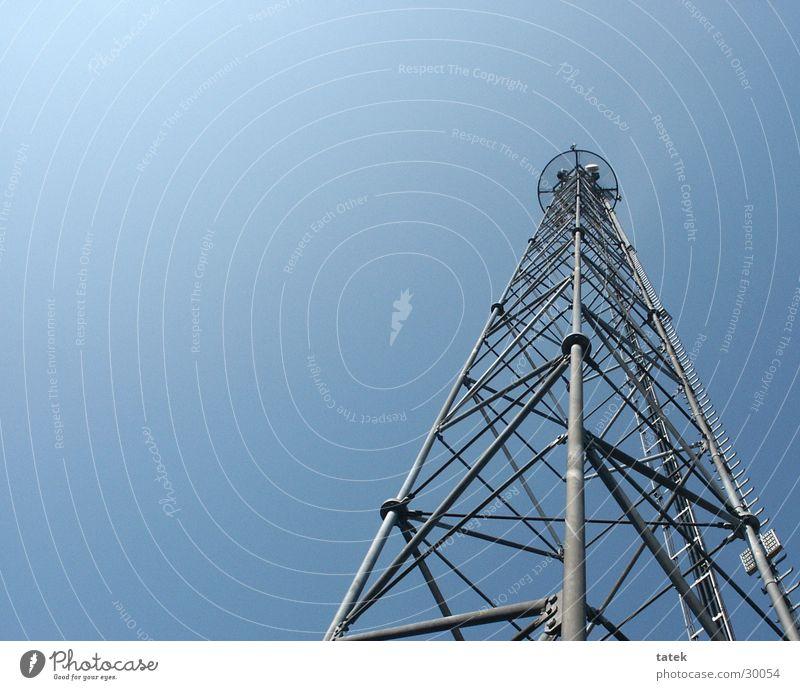 HighRise1 Sendemast Wellen Strahlung Industrie Handysender Äther