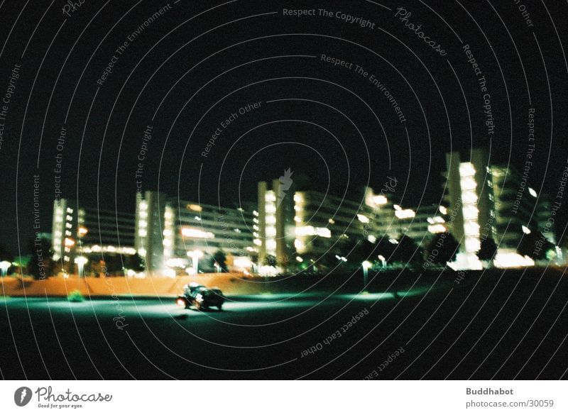 Uni Bielefeld bei Nacht I grau Beleuchtung Architektur Beton groß modern Turm High-Tech Funktionalismus
