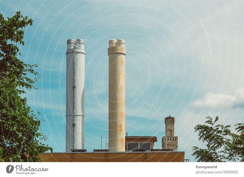 Die 3 Türme Menschenleer Industrieanlage Fabrik Burg oder Schloss Turm Bauwerk Gebäude Architektur Schornstein hoch Verschiedenheit alt neu schön hässlich