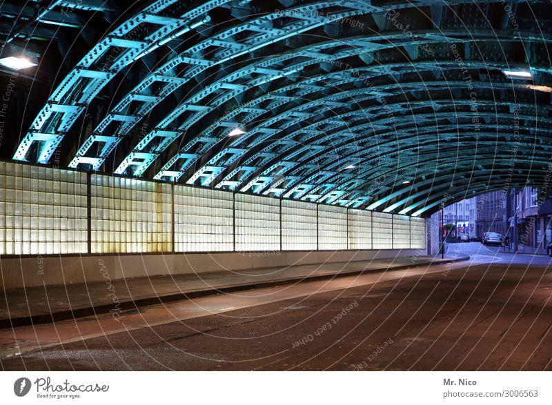 On the road again | after midnight Stadt Brücke Tunnel Bauwerk Architektur Mauer Wand Verkehrswege Straße Wege & Pfade blau Stahl Stahlträger Stahlkonstruktion