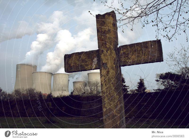 Braunkohle stirbt Umwelt Klima Klimawandel Industrieanlage Fabrik Zeichen kämpfen Tod Wut Ärger Friedhof Stromkraftwerke Rauchwolke Abgas Umweltverschmutzung