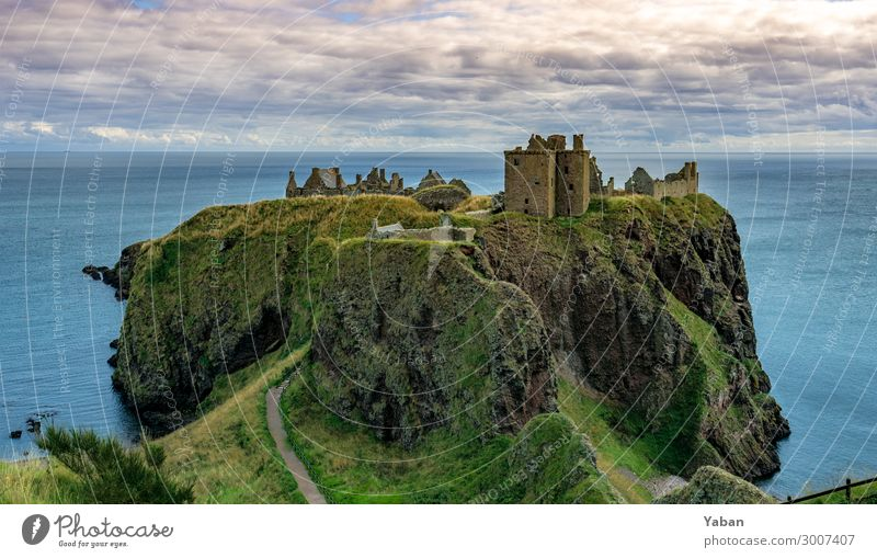 Dunnottar Castle Ferien & Urlaub & Reisen Sightseeing Meer Schottland Ruine Burg oder Schloss Hügel Küste Nordsee Sehenswürdigkeit Denkmal Tourismus Tradition