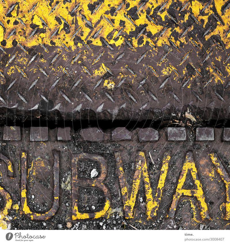 metal types (IV) Arbeitsplatz Dienstleistungsgewerbe U-Bahn bodenklappe Klappe Verkehr Metall Schriftzeichen Schilder & Markierungen Linie Originalität trashig