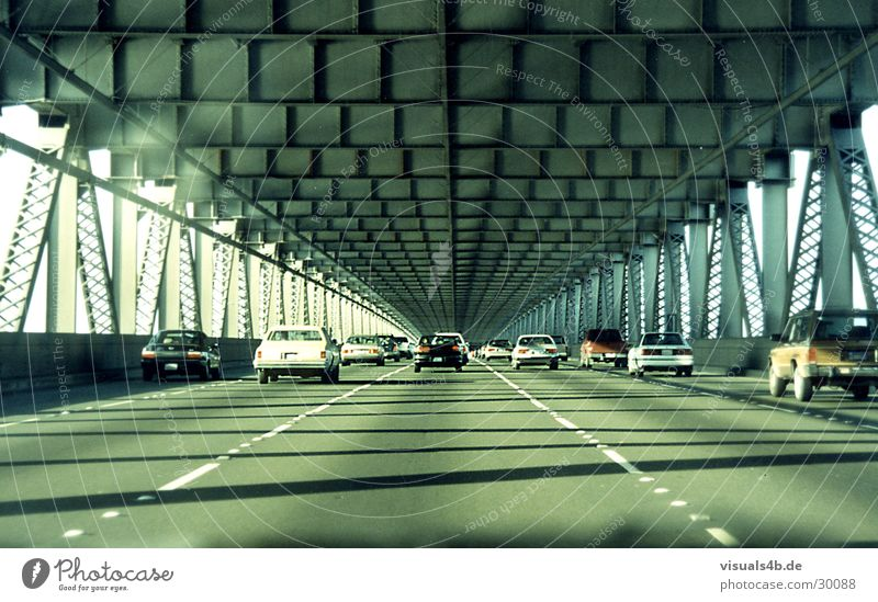 Oakland Bridge San Francisco Beton Stahl grau retro Amerika Verkehr USA Brücke Wasser Fluss PKW Stadt