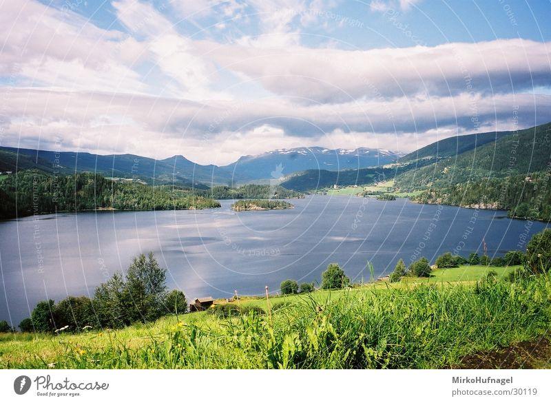 Norwegen - See Wasser Wolken Berge u. Gebirge Skandinavien