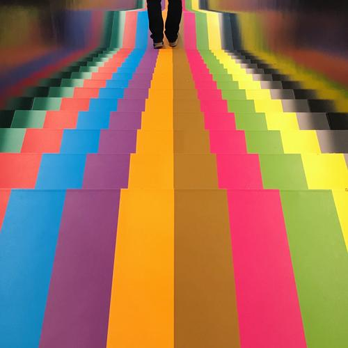Blox Kopenhagen Mensch Stadt Freude Architektur Lifestyle Beine Erwachsene Kunst außergewöhnlich Stimmung gehen Treppe maskulin 45-60 Jahre laufen Hauptstadt