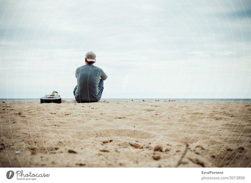 .| Wohlgefühl Sinnesorgane Erholung Ferien & Urlaub & Reisen Ausflug Sommer Strand Meer Mensch maskulin Mann Erwachsene Körper Rücken 1 Natur Sand blau