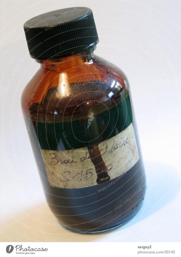 Gift? 2 alt Farbe braun Glas Flüssigkeit obskur Flasche Staub