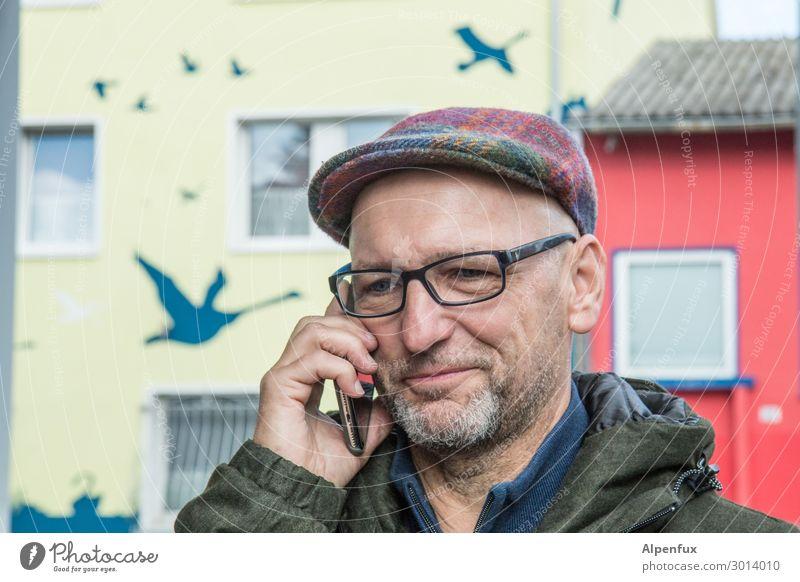 UT Kassel | Kein schräger Typ Telekommunikation maskulin Mann Erwachsene 45-60 Jahre Schwan Lächeln Telefongespräch Freundlichkeit Freude Glück Fröhlichkeit