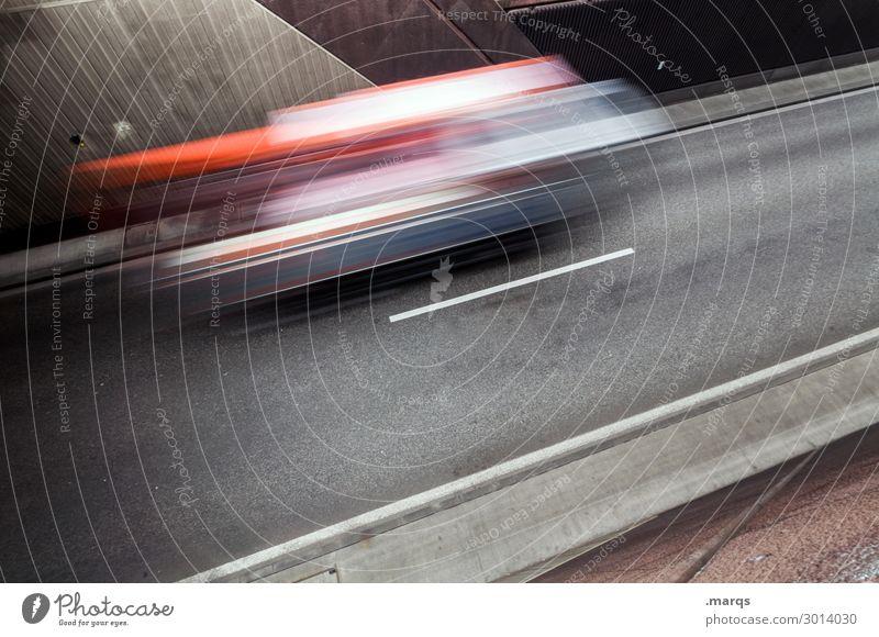 Just in time Güterverkehr & Logistik Dienstleistungsgewerbe Verkehr Verkehrsmittel Verkehrswege Straßenverkehr Fahrzeug Lastwagen fahren Geschwindigkeit Stress