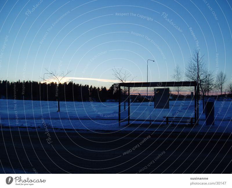 Bushaltestelle Winter Schnee Schweden