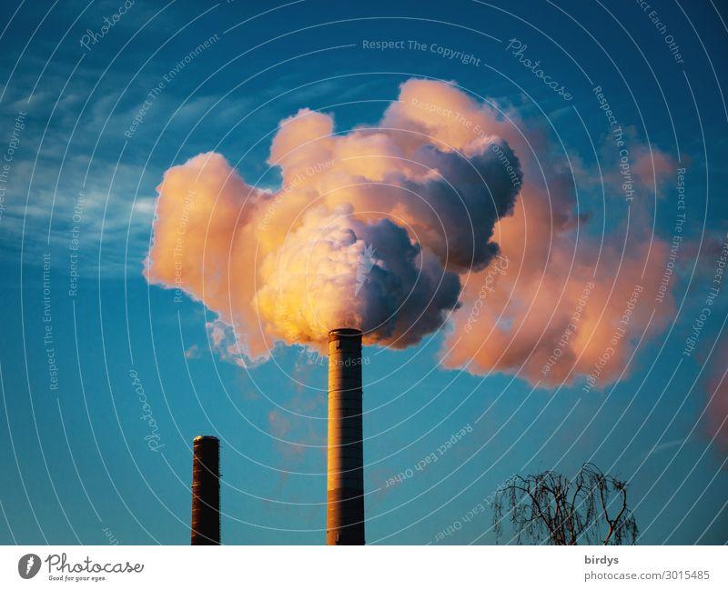 CO2 - Klimaschädlich Industrie Himmel Klimawandel Schönes Wetter Industrieanlage Schornstein Rauch authentisch bedrohlich blau grau orange weiß Zukunftsangst