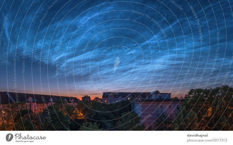 Leuchtende Nachtwolken über Mannheim Technik & Technologie Wissenschaften Fortschritt Zukunft Astronomie Umwelt Natur Landschaft Himmel Wolken Nachthimmel