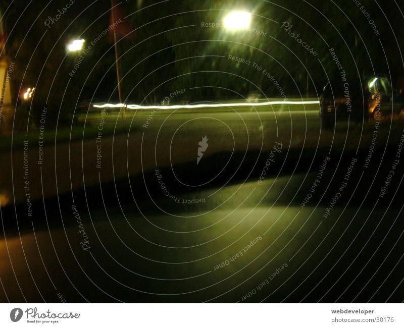 Highway 2 Hell [1] Straße Lampe dunkel Bewegung Geschwindigkeit Laterne verwaschen
