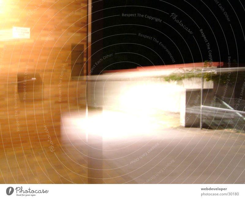 Undefined Object Haus Langzeitbelichtung verwaschen Licht hell