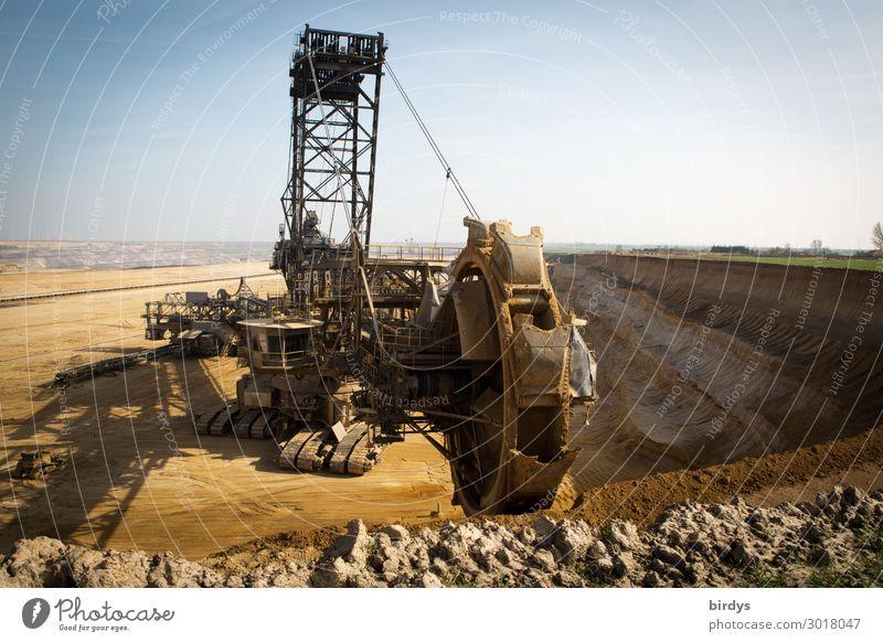Schaufelradbagger von RWE im Tagebau Garzweiler 2 in NRW Braunkohle Braunkohlentagebau Klimawandel bedrohlich Braunkohlenbagger Politik & Staat Schwerpunkt