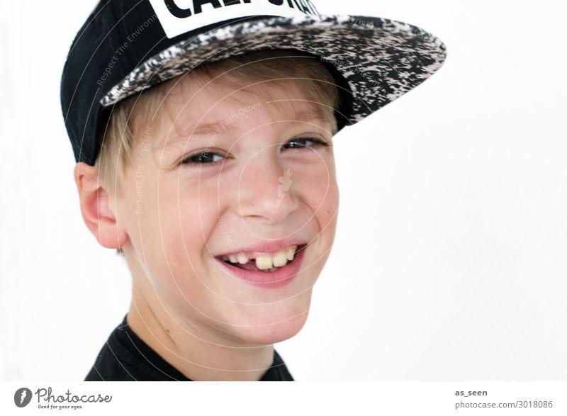 Smile Kindererziehung Bildung Kindergarten Schule lernen Schulkind Schüler Junge Kindheit Jugendliche 1 Mensch 8-13 Jahre Baseballmütze blond Lächeln