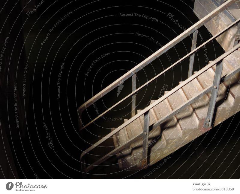 Unterwelt Industrieanlage Treppe Treppengeländer dreckig dunkel historisch grau schwarz Gefühle Neugier Angst gefährlich bedrohlich geheimnisvoll Verfall