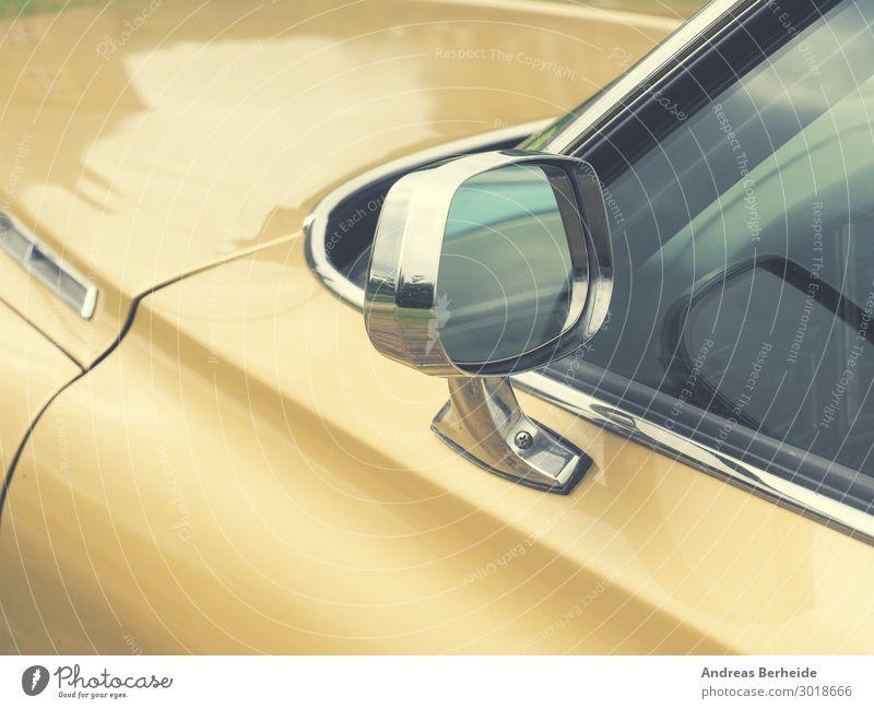 Rücksicht Stil Design Autofahren PKW Oldtimer retro gelb Kraft Risiko Sicherheit mirror antique glass side golden beige chrome reflection sideview window front