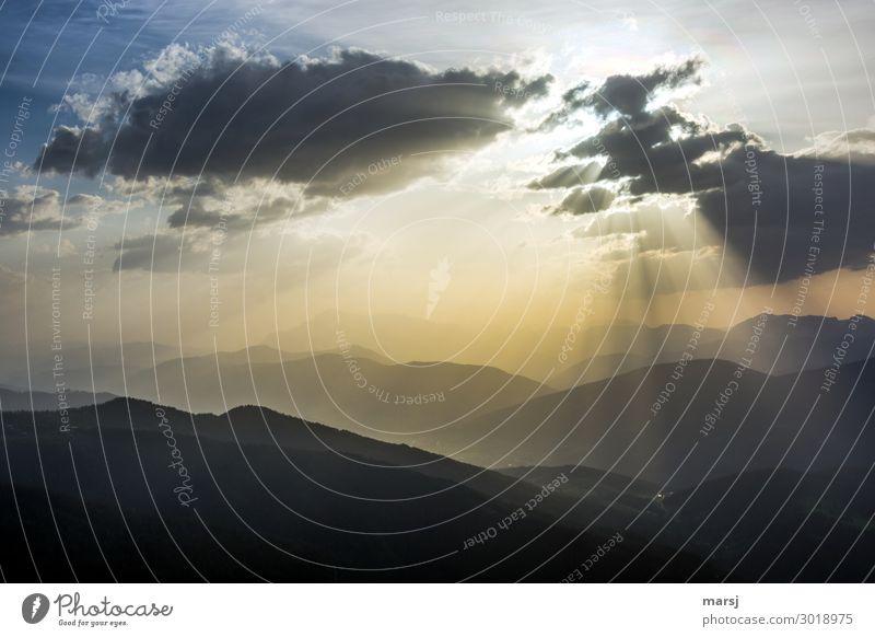 Angestrahlt harmonisch ruhig Meditation Ferien & Urlaub & Reisen Tourismus Ausflug Ferne Freiheit Berge u. Gebirge wandern Natur Landschaft Himmel Wolken